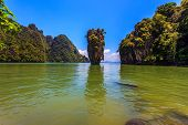 picture of james bond island  - Freakish islands in the Andaman Sea - JPG
