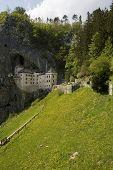 Castle in the cliff, Predjamski castle