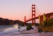 Golden Gate Bridge in San Francisco bei Sonnenuntergang