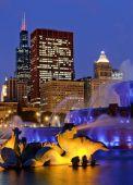 chicago Buckingham fountain at night 95372