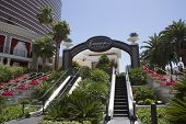 The entrance on The Wynn Encore Hotel and Casino