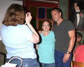 LOS ANGELES - AUG 1:  William deVry, fans at the William deVry Fan Club Event at the California Cant
