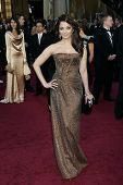 LOS ANGELES - FEB 27:  Aishwarya Rai arrives at the 83rd Annual Academy Awards - Oscars at the Kodak