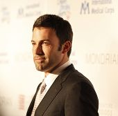 LOS ANGELES - FEB 18:  Ben Affleck arriving at the Children Mending Hearts Gala held at the House Of