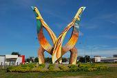 Birds Monument