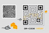 Fun maze QR-code with cheese-mouse game