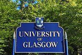 Sign of Glasgow University