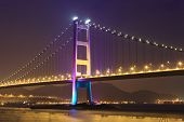 pic of hong kong bridge  - Cable bridge in Hong Kong at night - JPG