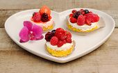 Round Berries Mousse