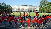 Extracurricular Activity, Kid Visit Independence Palace