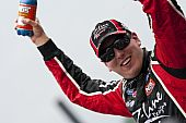 Nascar:  June 26 New England 200