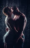 pic of rain  - loving couple in the rain - JPG