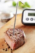 Controlling Temperature Inside The Steak