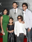 LOS ANGELES - JUN 30: Will Smith and Jada Pinkett Smith at the premiere of 'Hancock' in Los Angeles,