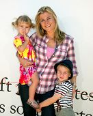 LOS ANGELES - JUL 10:  Megan Sanov, Alison Sweeney, Ben Sanov arriving at the