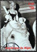 Marilyn Monroe - Niger Stamp #8