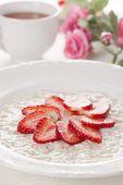 breakfast oatmeal and strawberries