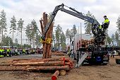 Finnish Championships In Log Loading 2014 At Finnmetko 2014