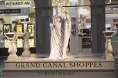Living Statue at Grand Canal Shoppes in Venetian  Hotel and Casino in Las Vegas