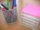 Bolígrafos y papel