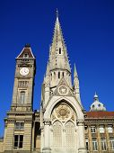 pic of west midlands  - Birmingham Museum and Art Gallery with the Chamberlain Memorial built in 1880 - JPG