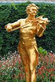 Johann Strauss Statue