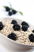 Oatmeal with blackberries