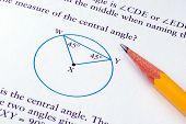 Fazendo algumas escola matemática com um lápis