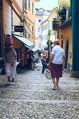 Narrow streets of Bellagio