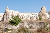 picture of chimney rock  - Rock formation at G - JPG