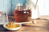 the sweet honey on dipper