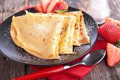 crepe with sugar
