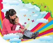 Mãe lendo um conto de fadas para sua filha e sentado em um arco-íris