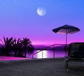 Noite de lua, na praia da Grécia, resort de luxo