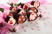 pic of valentine candy  - chocolate candies for Valentine - JPG