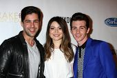 LOS ANGELES - APR 17:  Josh Peck, Miranda Cosgrove, Drake Bell's Album Release Party for
