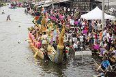 Samut Prakarn,thailand-oc Tober 7, 2014:the Lotus Giving Festival(rab Bua) In Samut Prakarn,thailand