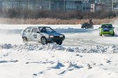 Sports ice competitions on cars
