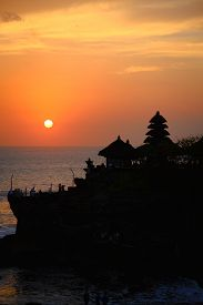 picture of tanah  - Hindu temple Tanah Lot in Bali  - JPG