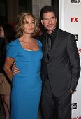 LOS ANGELES - JAN 16:  Jessica Lange & Dylan McDermott arrives to the