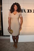 LOS ANGELES - OCT 26: Serena Williams   arriving at the Burberry Body Launch at Burberry on October