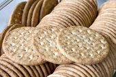 Round Whole Wheat Crackers Macro