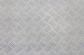 Aluminium non-slip surface