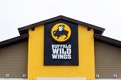 Buffalo Wild Wings Restaurant.
