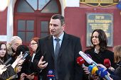 Vitali Klitschko tallking to journalist after vote in Kiev, Uktr