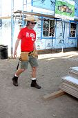 LOS ANGELES - OCT 25:  William H Macy at the Habitat for Humanity build by Showtime's