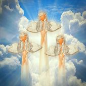 pic of evangelism  - Three angels on the heaven - JPG