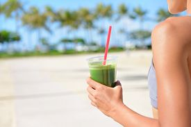 pic of cleanse  - Vegetable green detox cleanse smoothie  - JPG