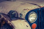 picture of muscle-car  - Headlight of a vintage car  - JPG