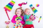 picture of flute  - Child with music instruments - JPG